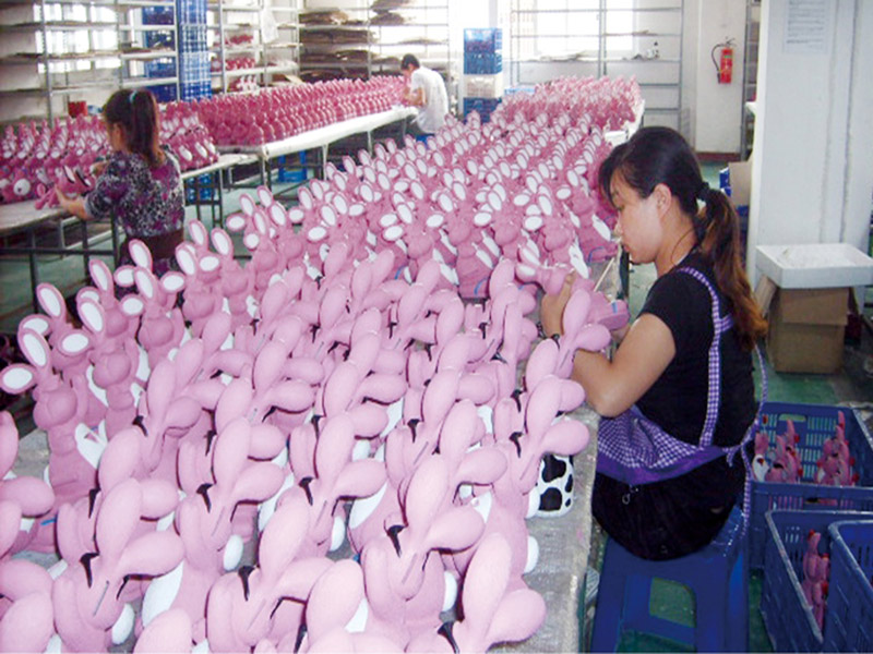 resin figurines manufacturing factory